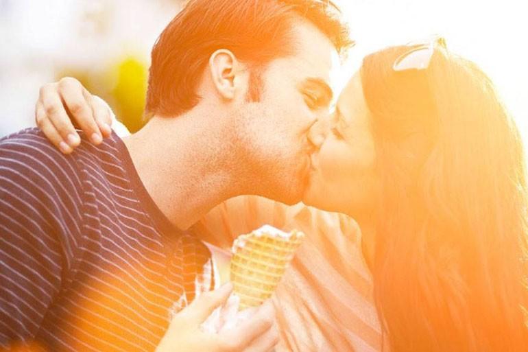 8 советов как сделать поцелуй незабываемым