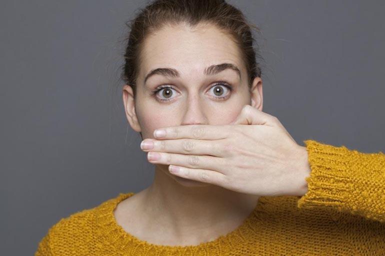 Для вас несколько лайфхаков, как избавиться от неприятного запаха перегара