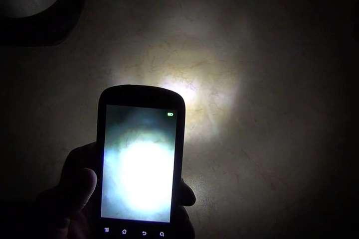 Як за допомогою смартфона знайти приховану камеру: поради експерта