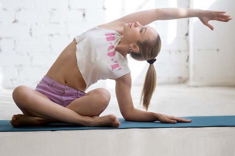 Бикрам-йога: польза и вред