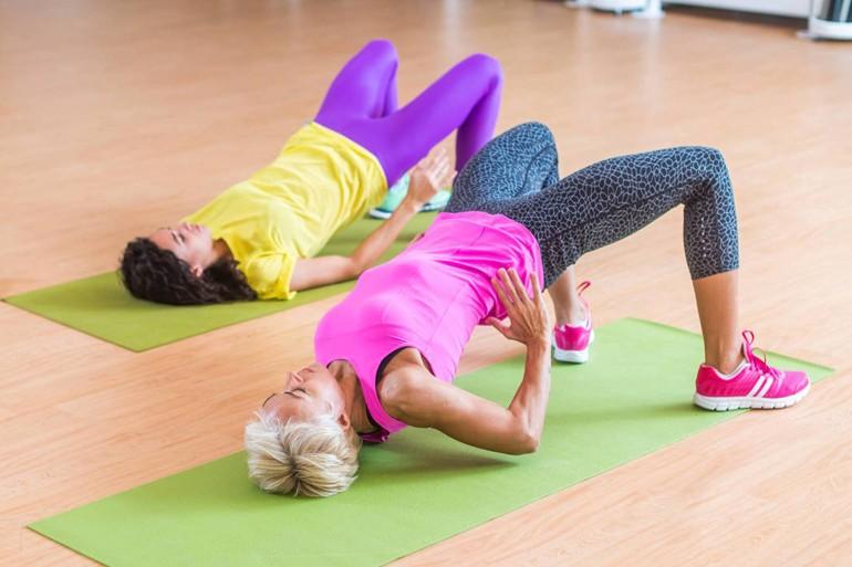 7 простых упражнений, которые помогут подтянуть попу к лету