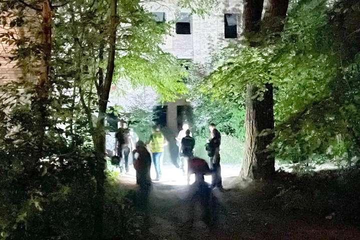 На території психіатричної лікарні в Києві стався вибух, є жертва (фото)