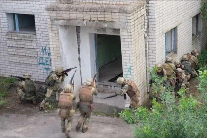 «Крилаті піхотинці» провели навчання зі знищення диверсантів біля окупованого Криму
